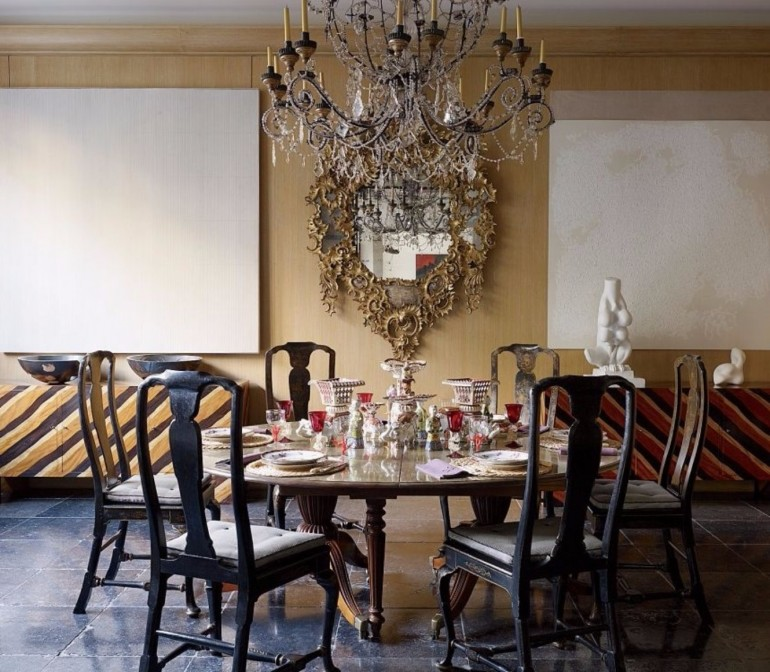 Stunning Dining Rooms Ideas By Jacques Grange | www.bocadolobo.com #diningroom #diningtable #moderndiningtable #diningtable #topinteriordesigners @moderndiningtables