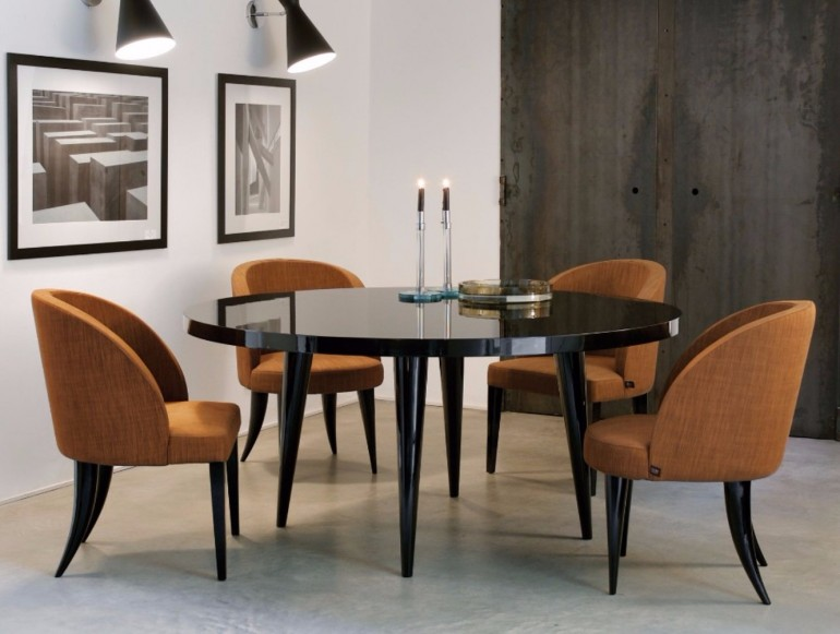 How to Choose the Perfect Dining Table for Luxury Dining Rooms | www.bocadolobo.com #diningtables #moderndiningtables #diningroom #thediningroom #diningarea #diningareadesign #roomdesign #interiordesign #gold #interiordesigners #famousbrands #luxurybrands @moderndiningtables