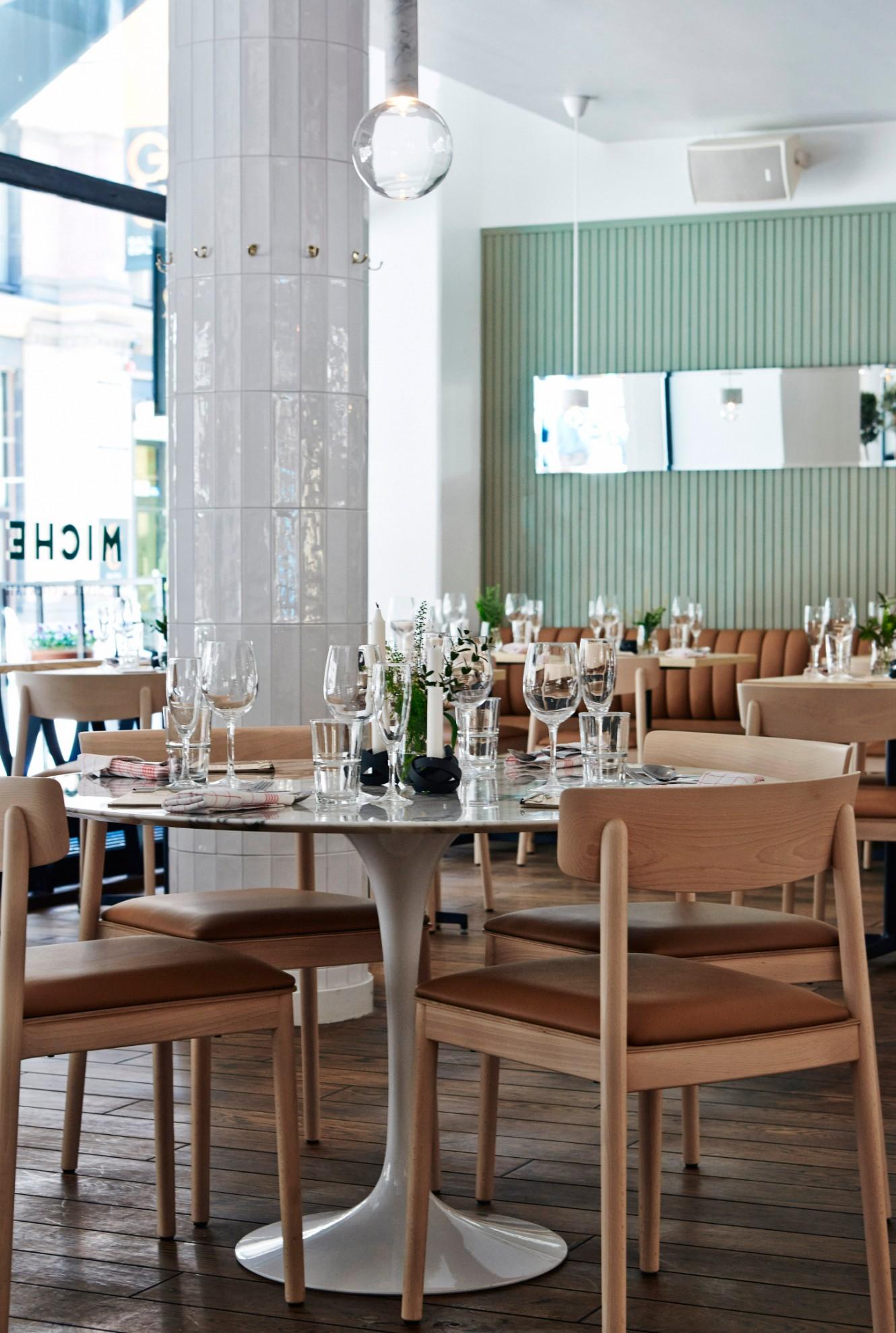 This Luxury Restaurant Design Is Inspired By 1940s Kiosks