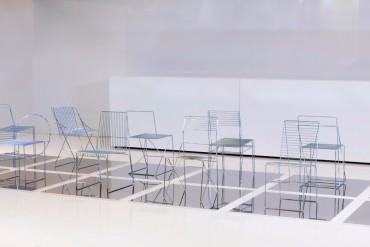 University Students Design Dining Chairs Using Only Steel Rods | www.bocadolobo.com #diningchairs #moderndiningtable #diningtables #diningroom #thediningroom #diningarea #exclusivedesign #productdesign @moderndiningtables