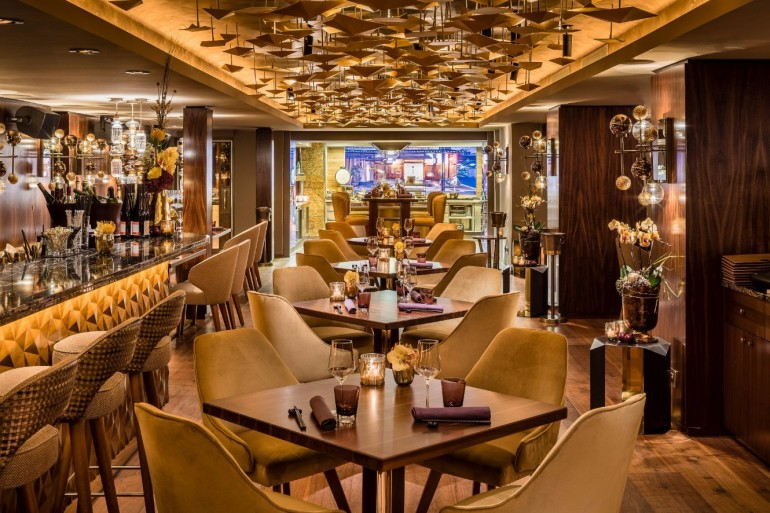 The Stunning Interior Design of the Luxury Restaurant Nikkei Nine | www.bocadolobo.com #interiordesign #homedecorideas #decorations #homedecor #luxurybrands #luxuryrestaurants #exclusivedesign #restaurants #luxury @homedecorideas