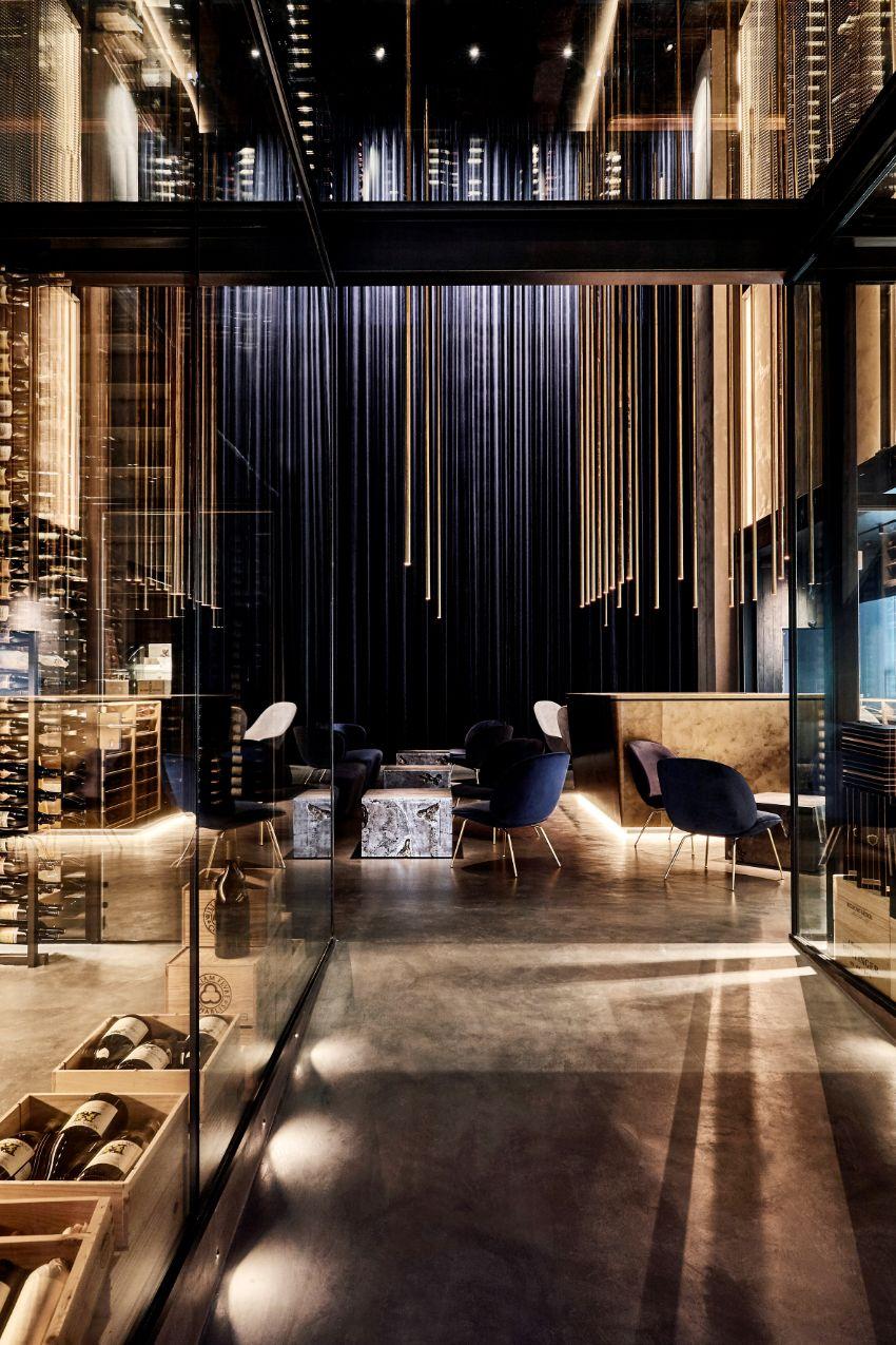 Alchemist: A Planetarium-Style High-End Restaurant