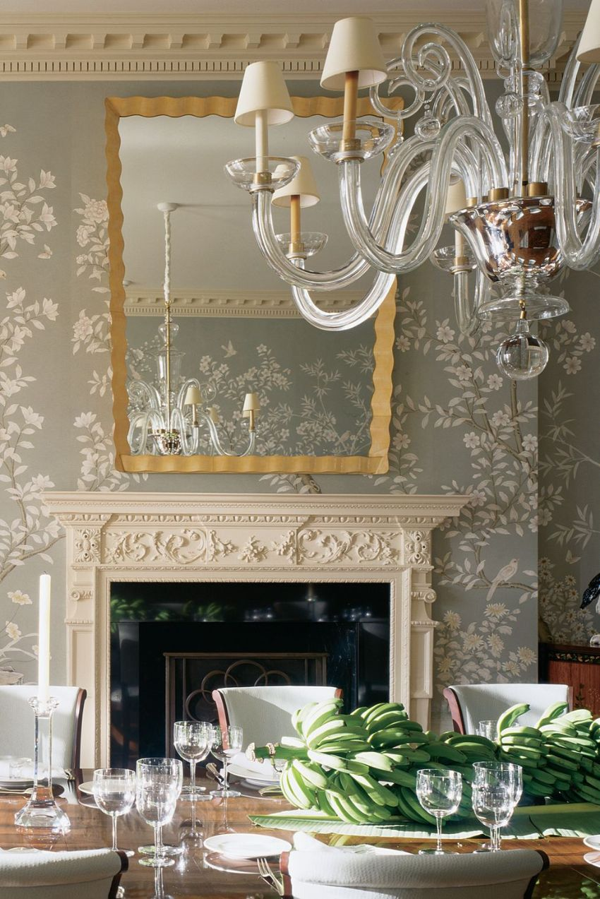 10 Modern Dining Rooms With A Floral Wallpaper