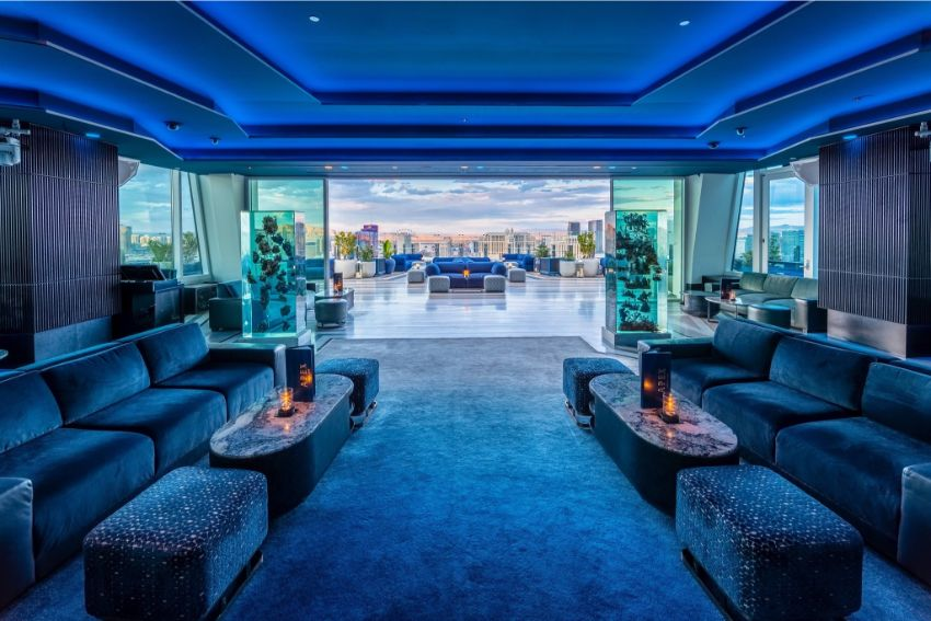 APEX Rooftop Bar - Luxury Interior Design by Studio Munge studio munge A Rooftop Wonder by Studio Munge That Overlooks Las Vegas APEX Rooftop Bar Luxury Interior Design by Studio Munge 10
