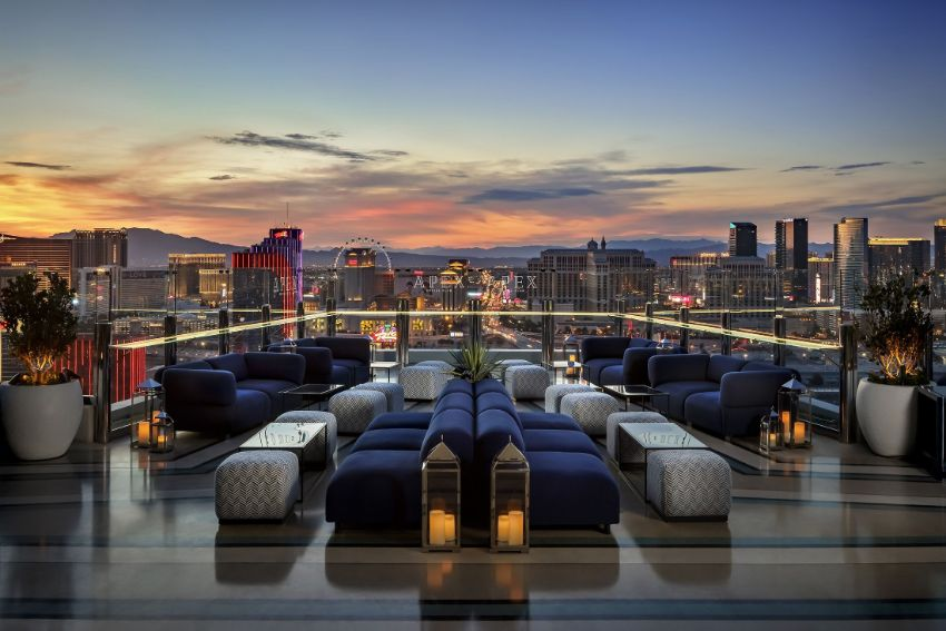 APEX Rooftop Bar - Luxury Interior Design by Studio Munge studio munge A Rooftop Wonder by Studio Munge That Overlooks Las Vegas APEX Rooftop Bar Luxury Interior Design by Studio Munge 7