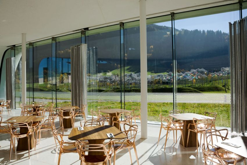 Inside The Swarovski Crystal Worlds: Discover The Luxury Daniels. Café & Restaurant
