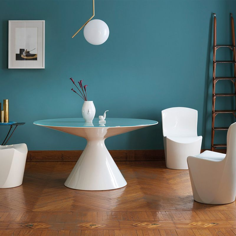 A Glam Touch: Get Amazed By These Exclusive Dining Tables By Artemest artemest Be Inspired By These Exclusive Dining Table Designs By Artemest Slide