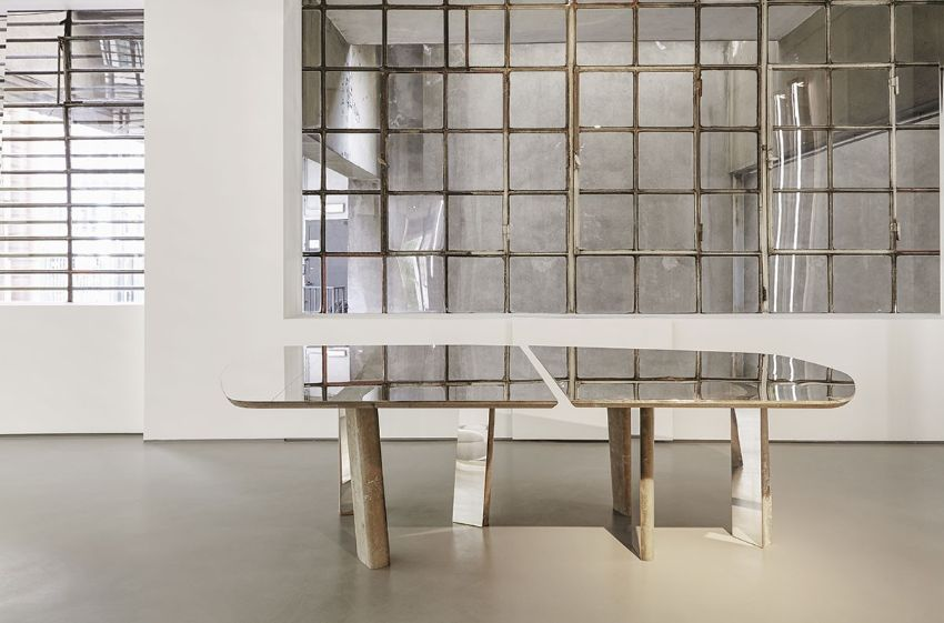 Unravel Vincenzo De Cotiis Simple Yet Contemporary Dining Table Designs (2) vincenzo de cotiis Unravel Vincenzo De Cotiis Simple Yet Contemporary Furniture Designs Unravel Vincenzo De Cotiis Simple Yet Contemporary Dining Table Designs 2