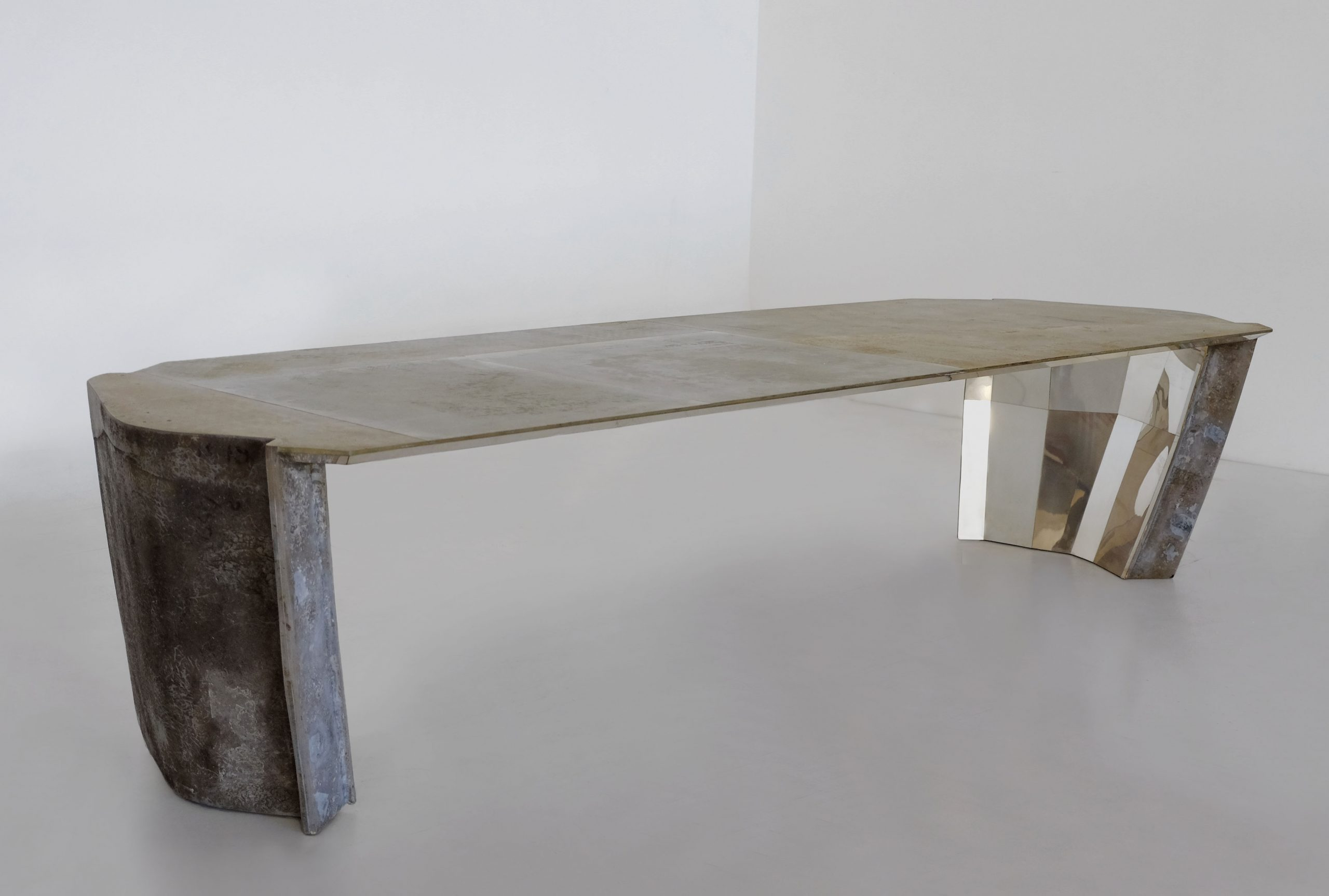 Unravel Vincenzo De Cotiis Simple Yet Contemporary Dining Table Designs (7) vincenzo de cotiis Unravel Vincenzo De Cotiis Simple Yet Contemporary Furniture Designs Unravel Vincenzo De Cotiis Simple Yet Contemporary Dining Table Designs 7 scaled