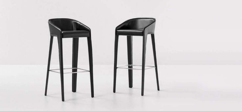 25 Bar Chairs Perfect For A Luxurious Private Bar