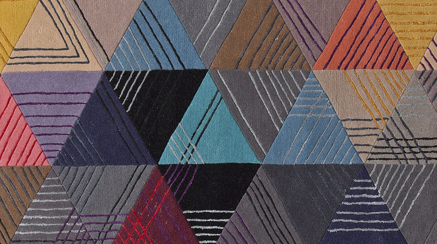 25 Luxury Rugs That Will Upscale Your Dining Space luxury rugs 25 Luxury Rugs For A Limited Edition Aesthetic 2015 07 08 13 09 57 BLACK LOSANGE tapis 1