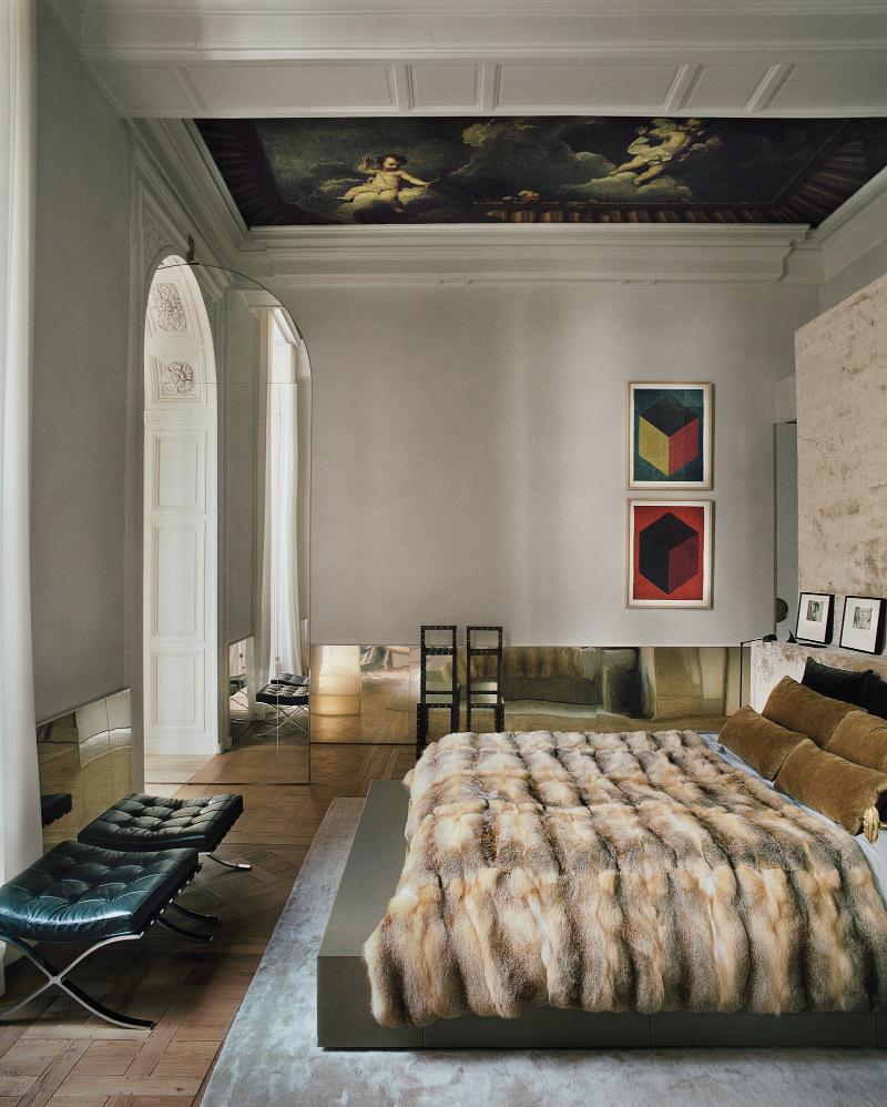 Meet Vincenzo De Cotiis' Parisian Apartment